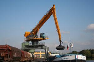 crane- scrap - seram
